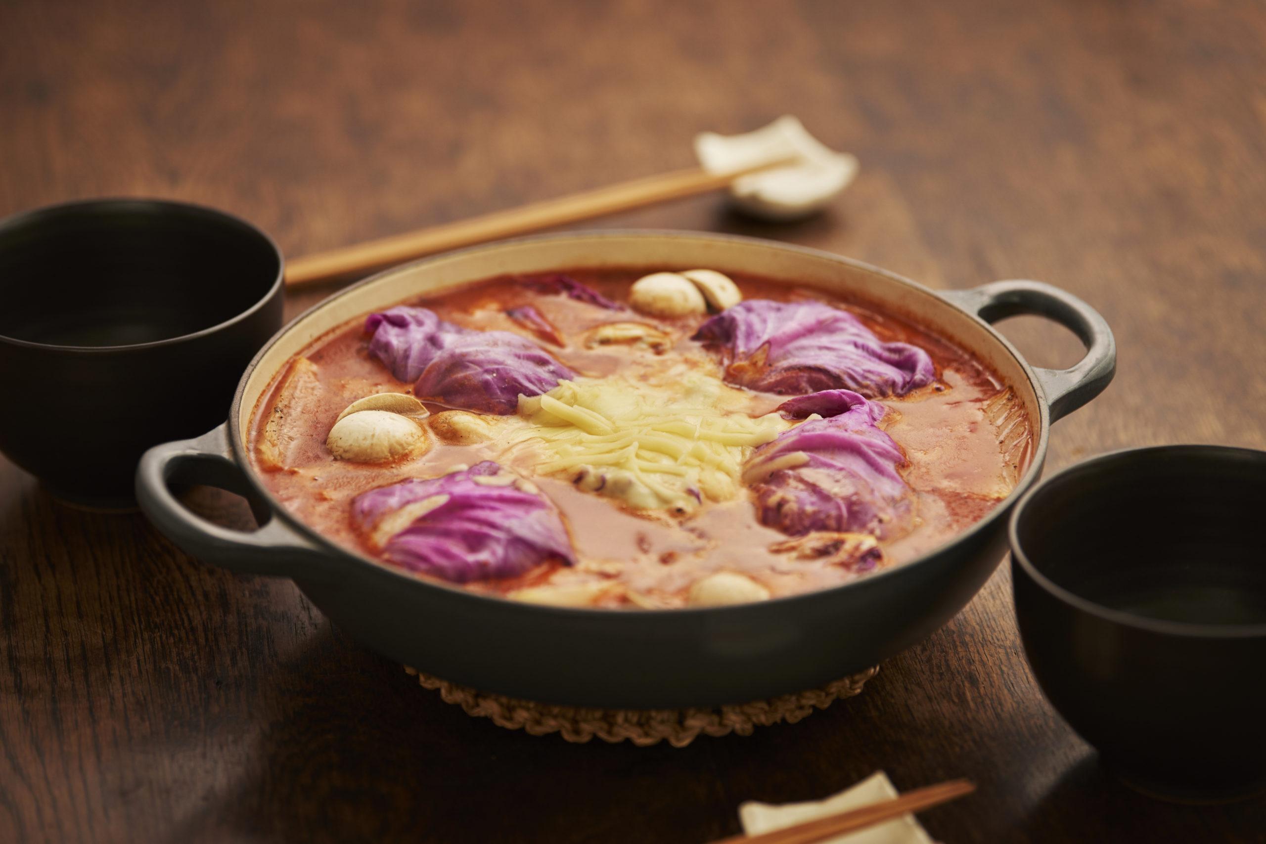 紫ロールキャベツ鍋